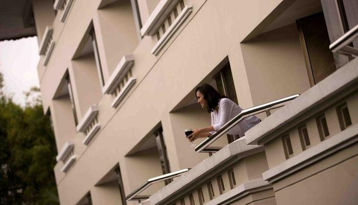 Hotel Santika Premiere Jogja - Balcony