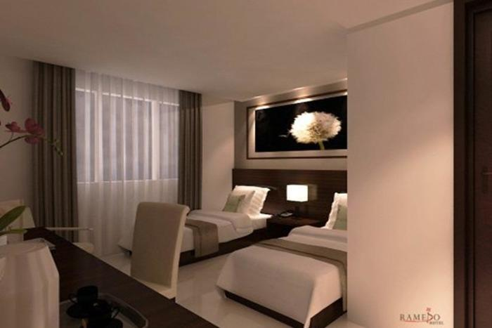 Ramedo Hotel Makassar - Kamar tamu