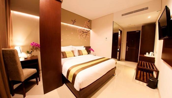 Ramedo Hotel Makassar - KAMAR DELUXE KING