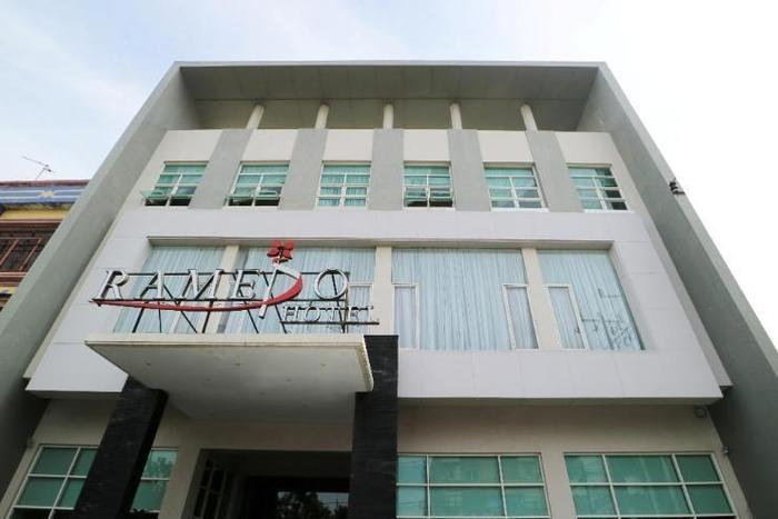 Ramedo Hotel Makassar - Appearance