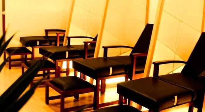 HARRIS Hotel Bandung - Massage