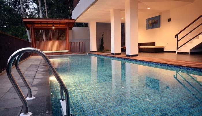 Cempaka 2 Villa Dago Private Pool Bandung - Utama