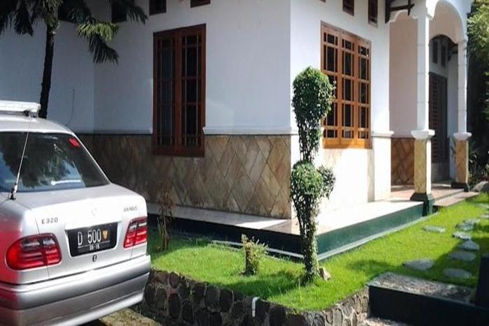 Junjunan Dalam Sharia Bandung - Eksterior