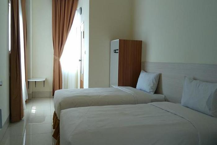 Amalio Hotel Bandung - Family Room