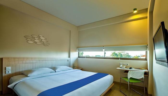 J Hotel Kuta - Cozy Double
