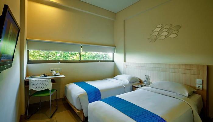 J Hotel Kuta - Cozy Twin