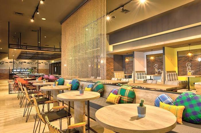 Rooms Inc Hotel Semarang - Verve Bistro & Coffee Bar