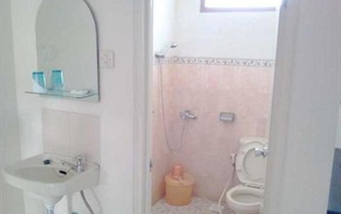 Hotel Armi Malang - Toilet