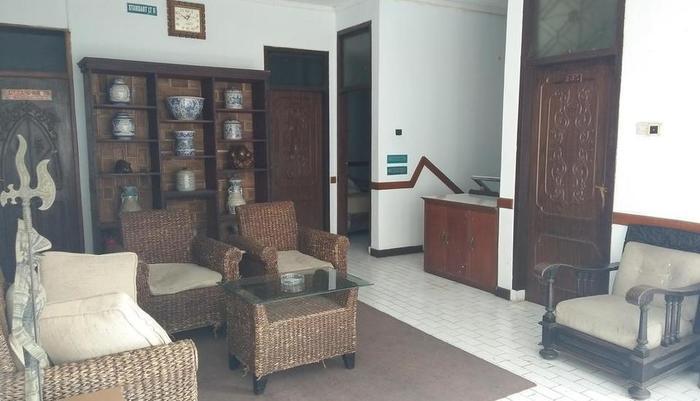 Hotel Bali Indah Bandung - Lobby