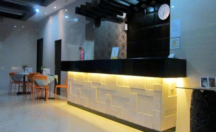 Grand Transit Hotel Syariah Medan - Resepsionis