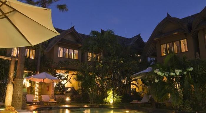 Puri Madawi Hotel Bali - Tampilan Luar