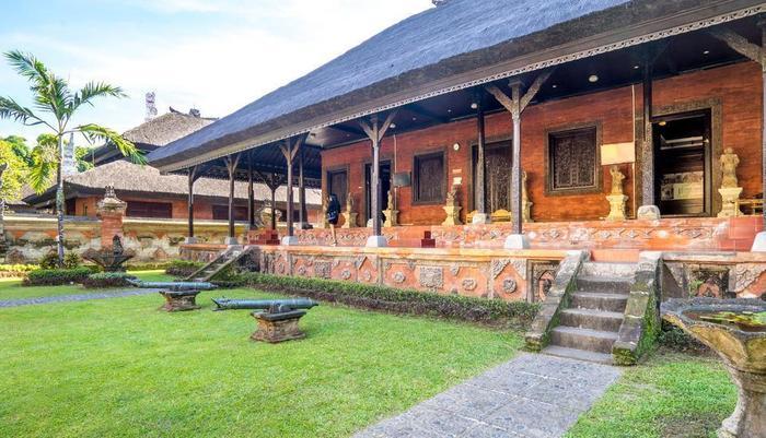Inna Bali Hotel Bali - Museum Bali berada 200 M dari hotel