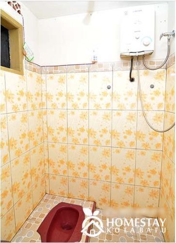Ceria Homestay Malang - Bathroom