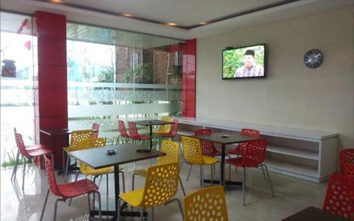 Hotel Srikandi Bandara Jogja - Restaurant