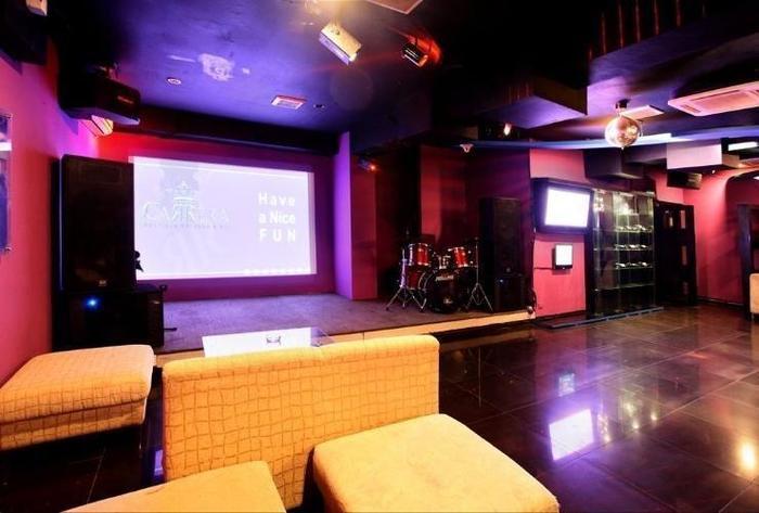 Serela Riau Hotel Bandung - Bar