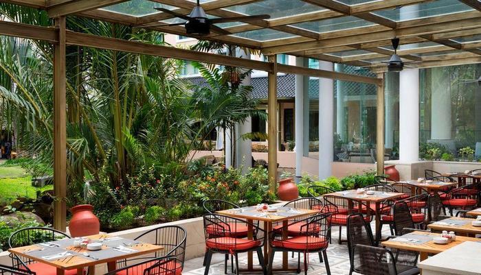Hotel Melia Purosani Yogyakarta - Ell Patio Outdoor Area
