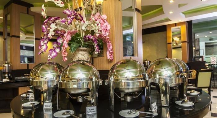 Hotel Orchardz Jayakarta - 17