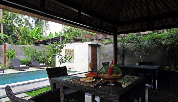 Bunutan Guest House Bali - Kamar makan