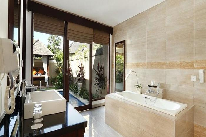 Transera Grand Kancana Villas Bali - Kamar mandi