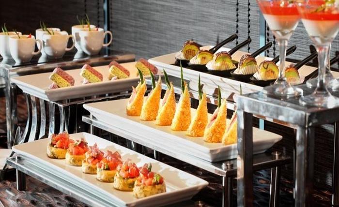 BATIQA Hotel Pekanbaru - Makanan