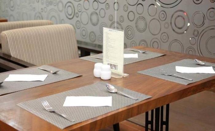 Hotel 88 ITC Fatmawati Jakarta - Ruang makan