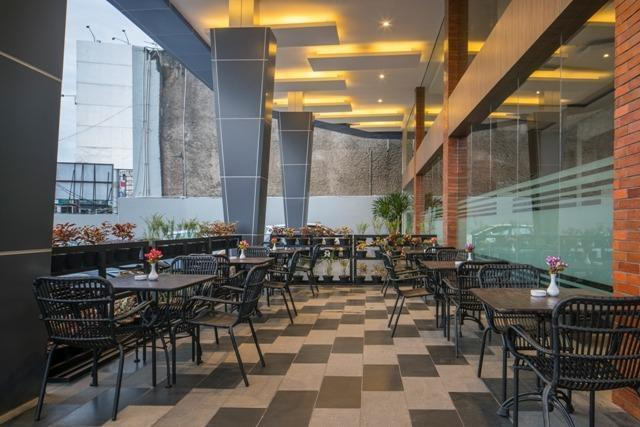 Hotel 88 ITC Fatmawati Jakarta - 2