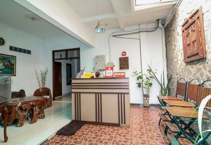 NIDA Rooms Seturan Raya Tugu Jogja - Resepsionis