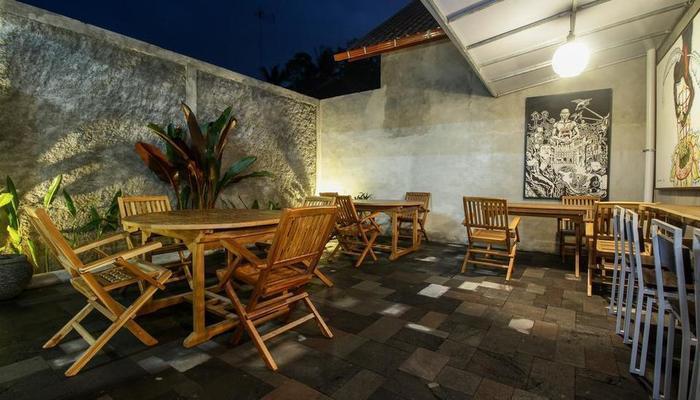 Watu Agung Guesthouse Magelang - Exterior