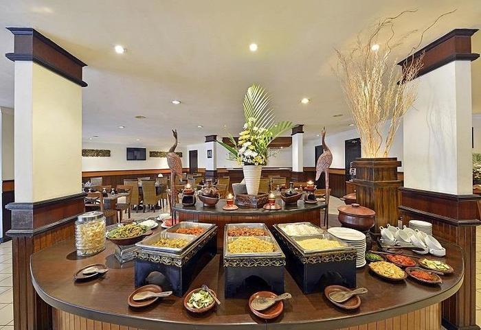 Grand Whiz Hotel Trawas Mojokerto -
