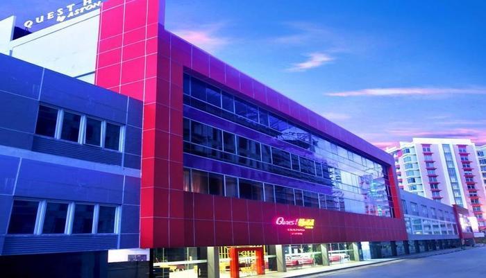Quest Hotel  Balikpapan - Tampilan Luar Hotel