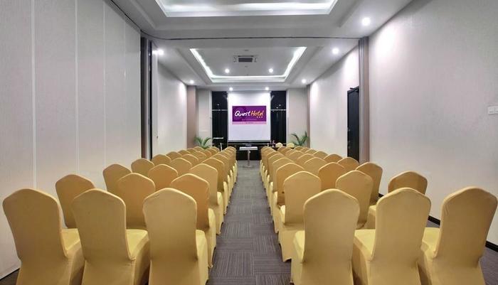 Quest Hotel  Balikpapan - Ruang Rapat