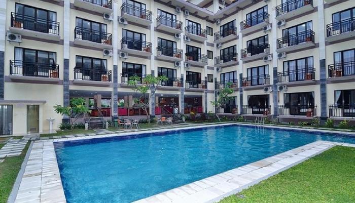 Aromas Hotel Bali - kolam renang