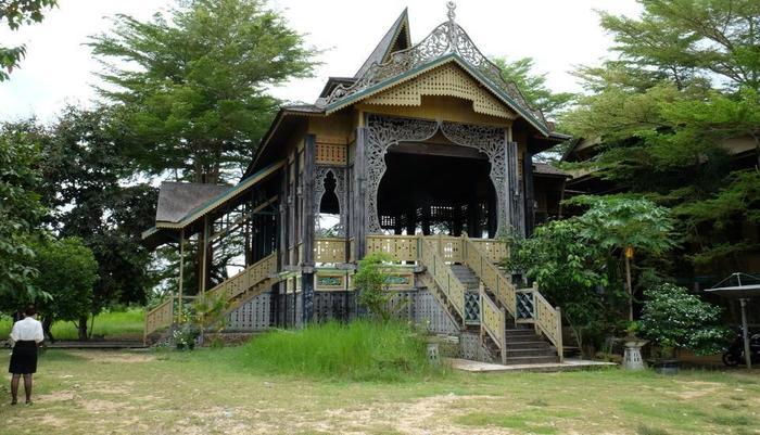 Asana Nevada Ketapang Ketapang - local attractions