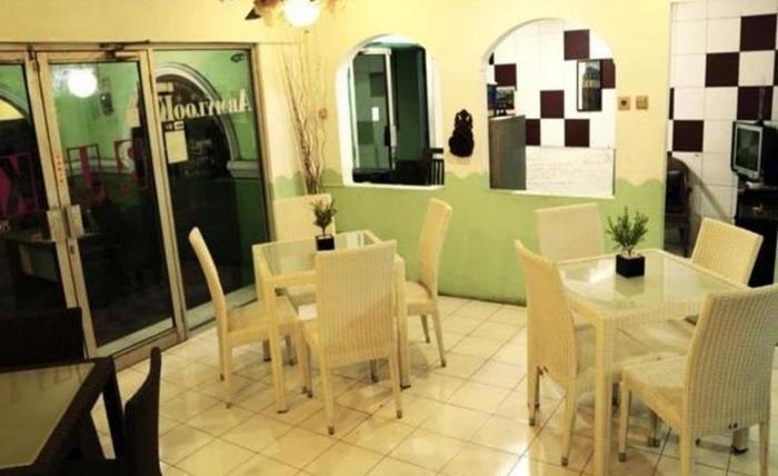 Armylook Boutique Hotel Yogyakarta - Interior