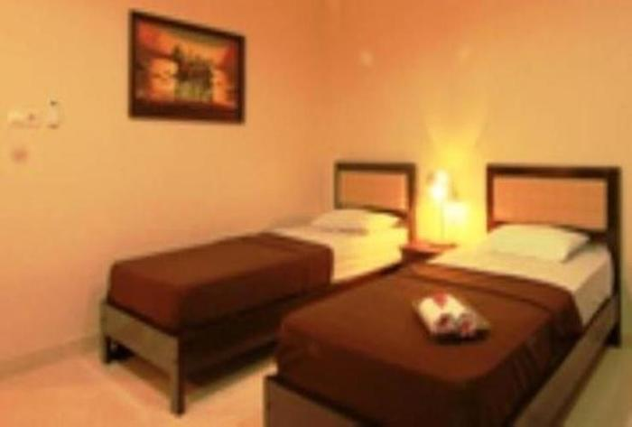 Catur Warga Hotel Lombok - Twin Bed
