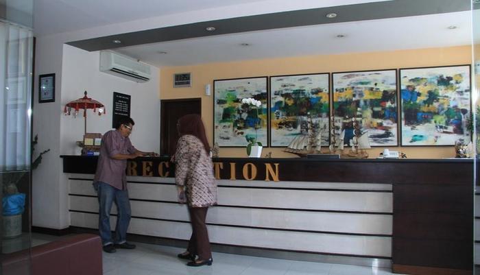 Grand Santhi Hotel Denpasar - Lobby