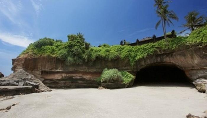 Soka Indah Bali - Gua Kelelawar