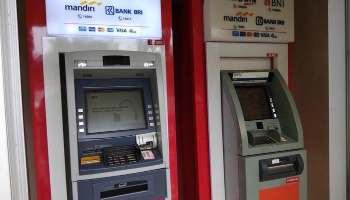 MaxOneHotels at Kramat Jakarta - ATM
