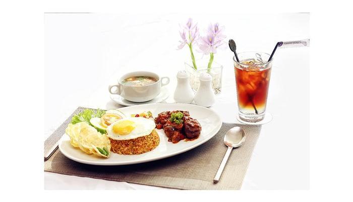 Hotel Grand Jatra Pekanbaru - Menu makanan dan minuman