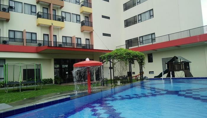 Grand Diara Hotel Bogor - Kolam Renang