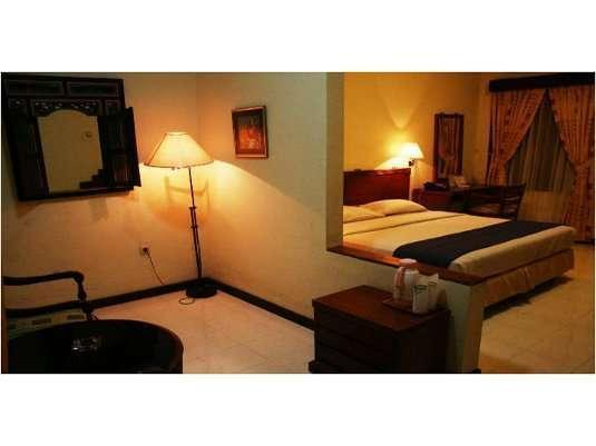 Hotel Taman Sari Sukabumi - Edelweiss Deluxe