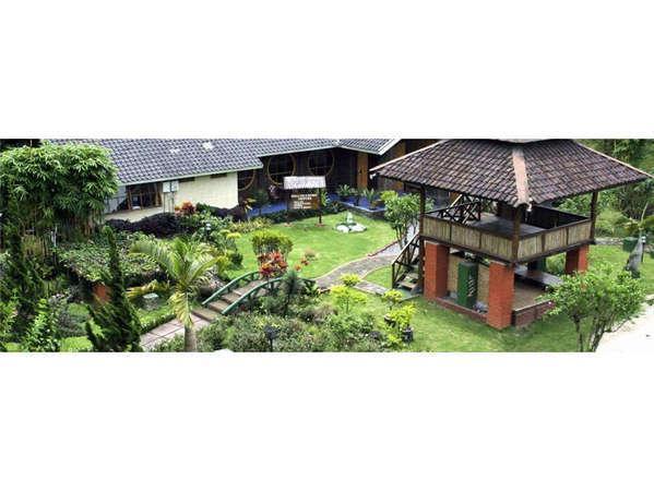 Hotel Taman Sari Sukabumi - Tampak Luar