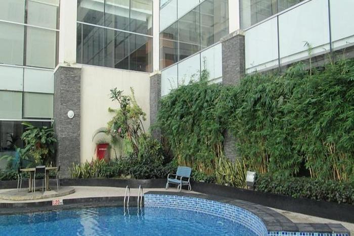 Hotel Menara Bahtera Balikpapan - Kolam Renang