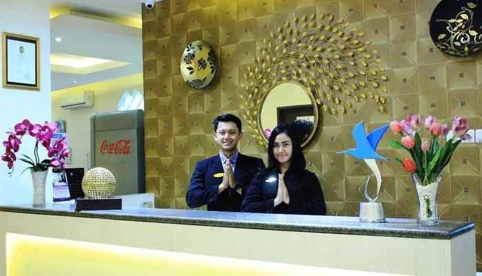 Laxston Hotel Jogja - RECEPTION