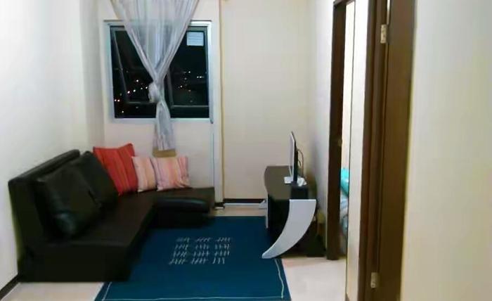 Apartemen The Suites Metro Yudis Buah Batu - Living room