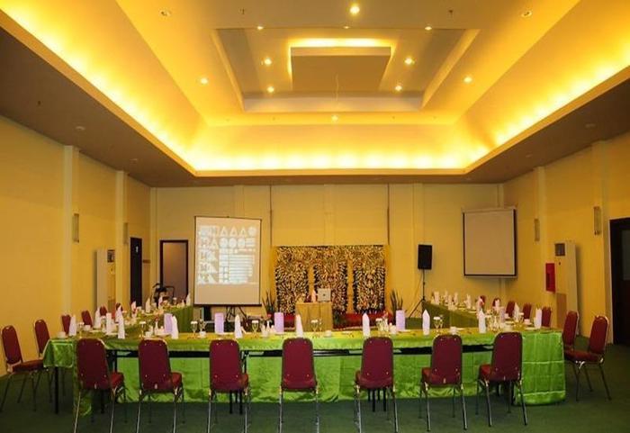 Montana Hotel Syariah Banjarmasin - Ruang Rapat