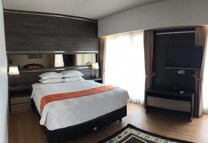 Montana Hotel Syariah Banjarmasin - Suite Room
