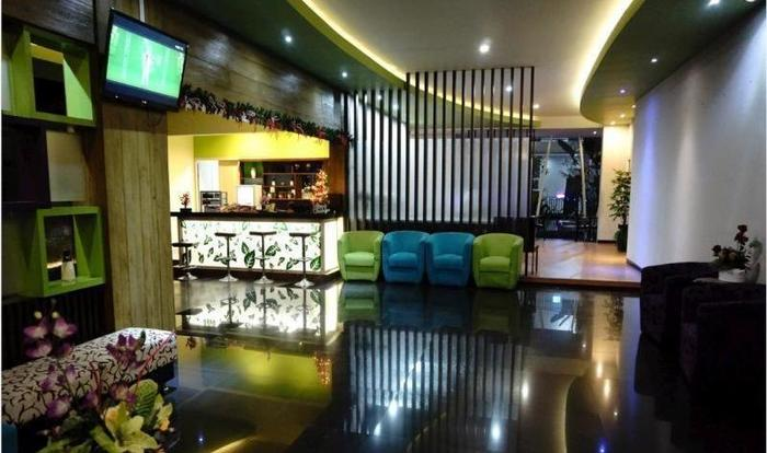 Morina Smart Hotel Malang - Lobi