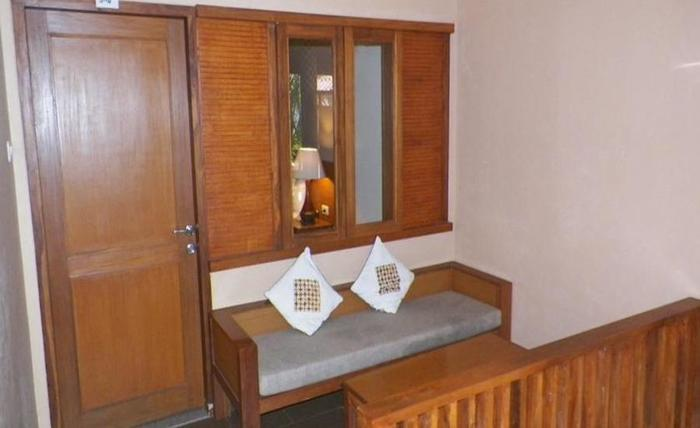 Nyiur Indah Beach Hotel Pangandaran - Kamar tamu