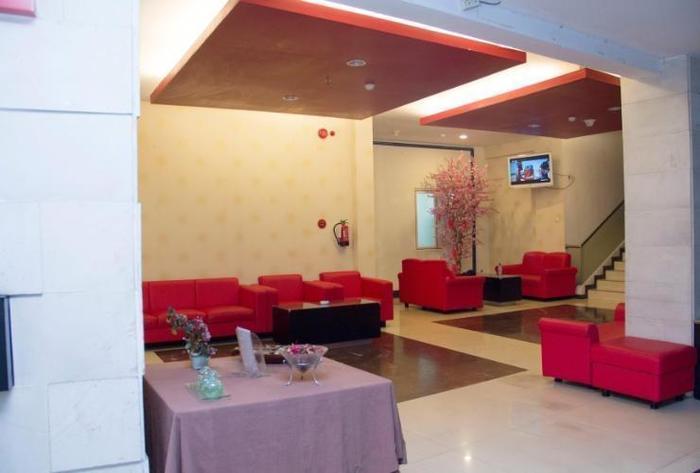 Promenade Hotel Bandung - Lobby